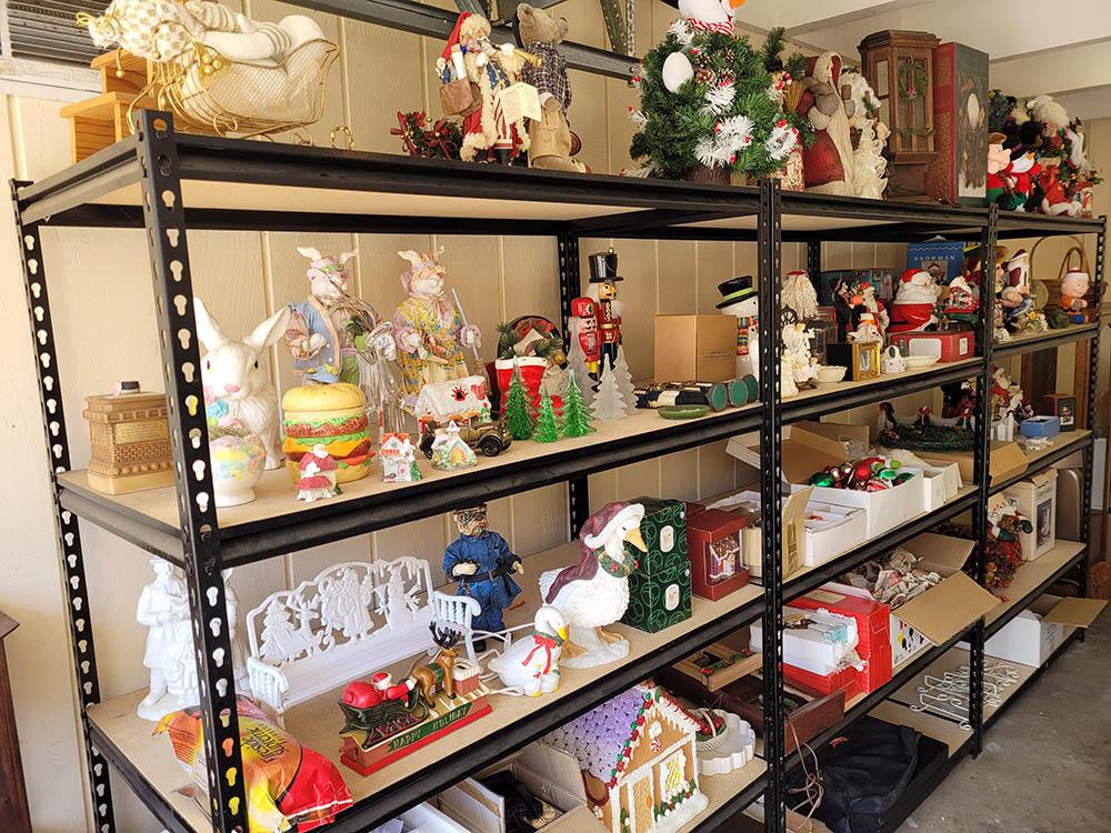 Garage-Shelves