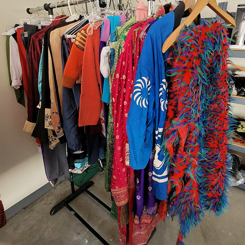 Womens-Clothing-Rack