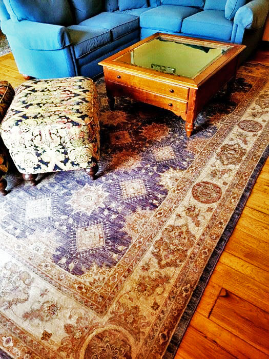 Faded-Persian-Carpet-and-Furniture