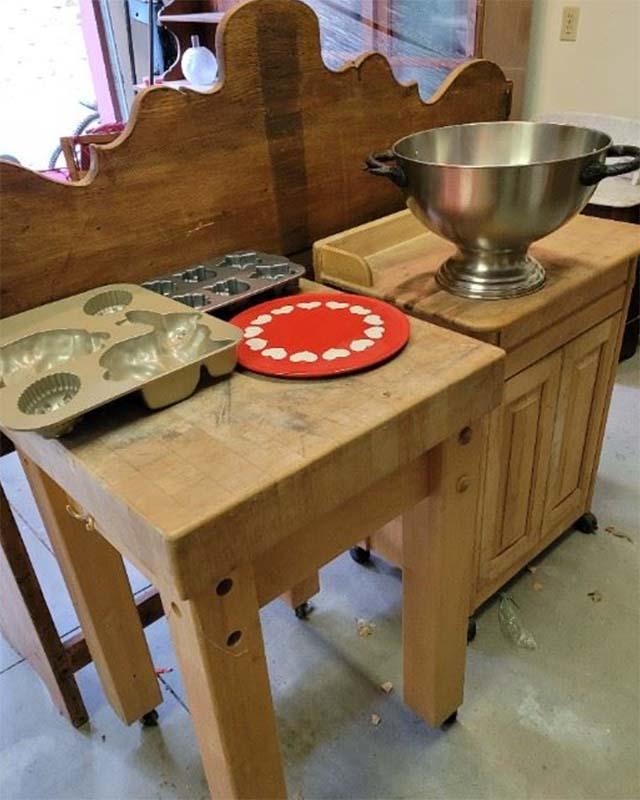 Butcher-Block-Table
