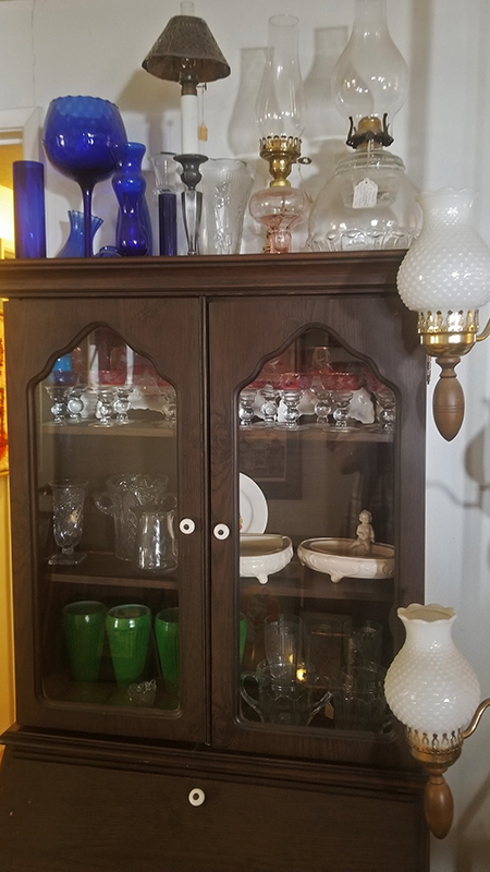 Cupboard-with-Lamps