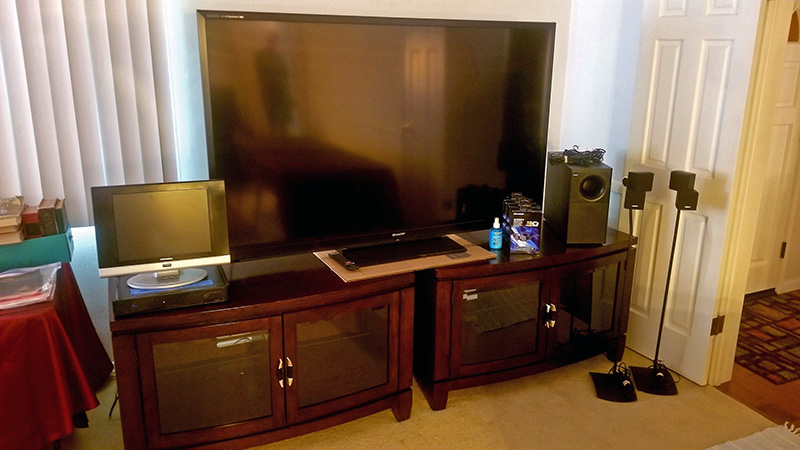 TV-and-cabinets