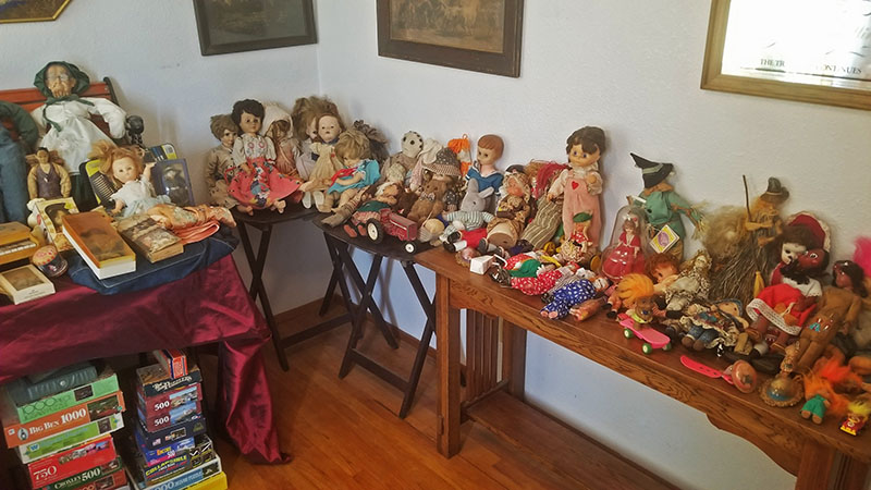 Dolls-on-Tables