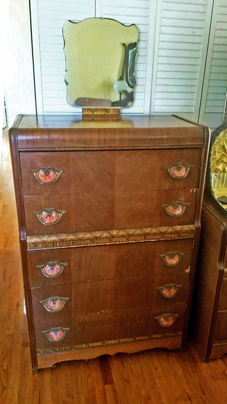 Vintage-Chest-of-Drawers
