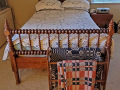Old-Antique-Wood-Bed