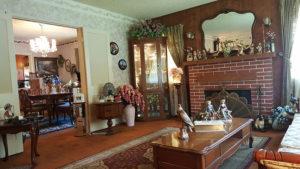estate sale, pomona, living room, old furniture